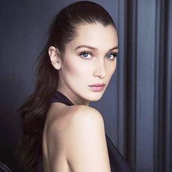 Белла Хадид – новое лицо бренда Dior