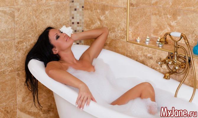Девушка мылась в вавнне фото 709-913