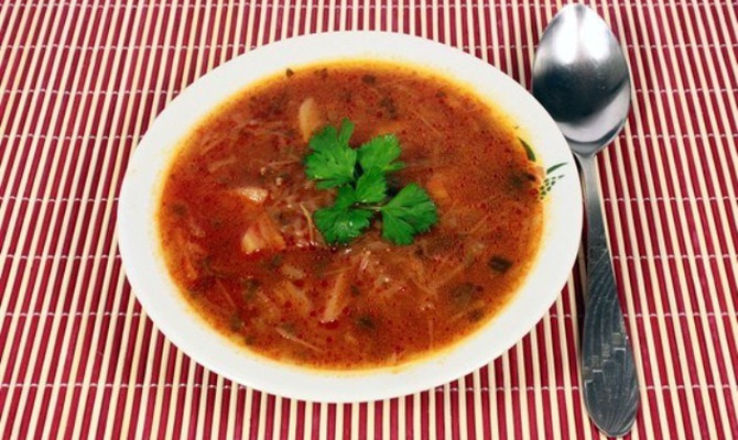 Вегетарианские щи из квашеной капусты – объедение!