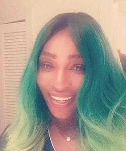 Теннисистка Серена Уильямс выкрасила волосы в неожиданный цвет