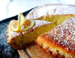 Ореховый пирог с йогуртом