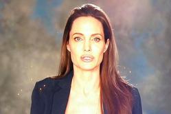 Джоли поразила цветущим видом после развода