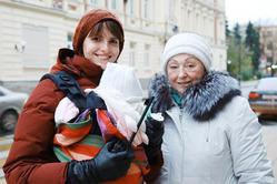Двухмесячная дочка Безрукова и Матисон ездит с родителями на съемки