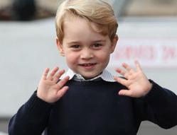 Что принц Джордж попросил у Санты на Рождество