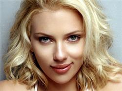 Скарлетт Йоханссон заявила, что не верит в моногамию