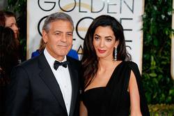 Клуни запретил беременной жене ездить в опасные страны