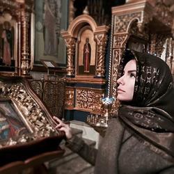 Юля Волкова вернулась в православие из ислама