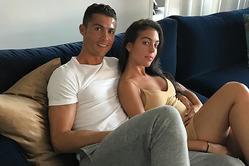 Криштиану Роналду рассказал, беременна ли Джорджина Родригез