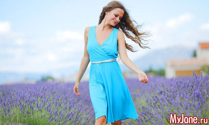Мода 2017: одежда голубого цвета