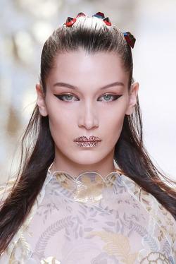 Модный макияж 2017: чем красить губы