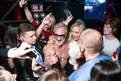 «Танцующий миллионер» снова в Москве