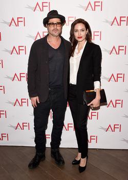 Брэд Питт и Анджелина Джоли тайно встречаются