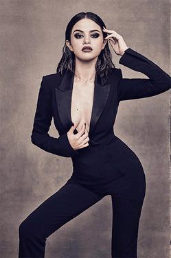 Селена Гомес с роковом образе на обложке Billboard