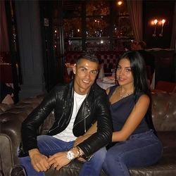 Криштиану Роналду и Джорджина Родригес сходили вдвоем в ресторан