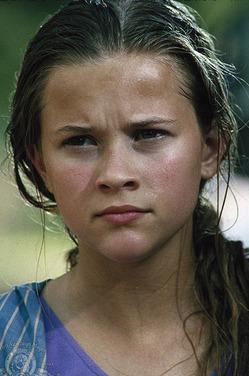 Риз Уизерспун рассказала о домогательствах, которым подверглась в 16 лет