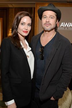 Ян Гальперин собрал доказательства, что Джоли и Питт снова вместе