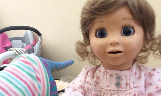 Будущее уже наступило: новая кукла «Luvabella» – живой ребенок или настоящий монстр?