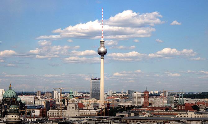 На майские в Берлин