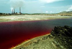 Где находится самое опасное озеро в мире