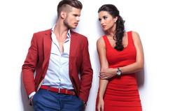 Ученые назвали, в каком возрасте мужчины и женщины пользуются наибольшей популярностью на сайтах знакомств