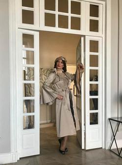 Алина Делисс сняла клипы на свои песни «Je t'aime» и «Окей, Небо»