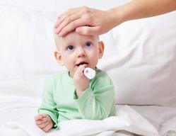 Детская простуда: как лечить правильно?