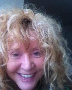 Алла Борисовна опубликовала фото без макияжа