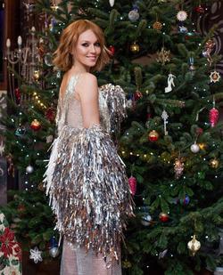 Новогоднее платье Альбины Джанабаевой