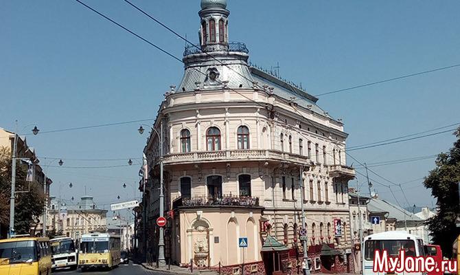 Черновцы: город-корабль