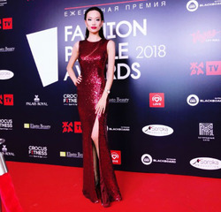 Вики Ли подпевала Киркорову на премии Fashion People Awards