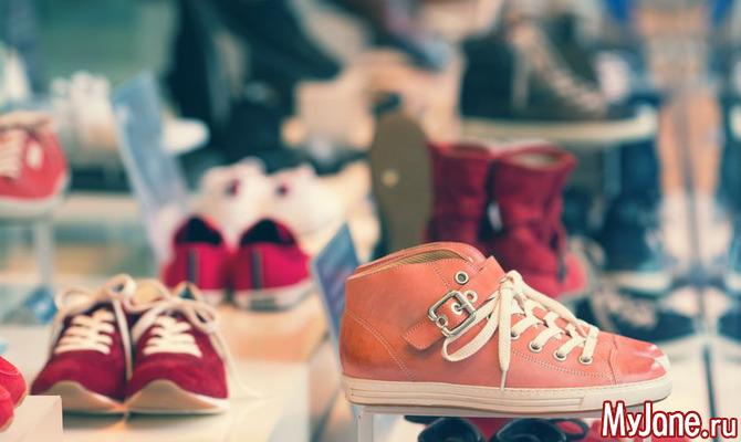 Модная обувь без каблука 2018: кеды, кроссовки
