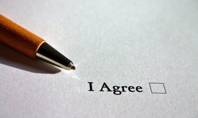 «Согласен подарить душу» или Почему пользовательские соглашения все-таки необходимо читать?