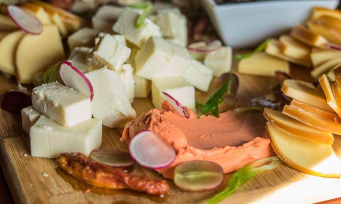 Как можно использовать сыр для приготовления блюд?