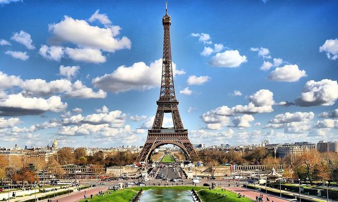 Париж, Сена и парижанки