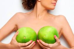 Владимир Плахотин: импланты и грудное вскармливание