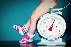 Рост и вес ребенка по месяцам и по годам: таблицы и данные ВОЗ