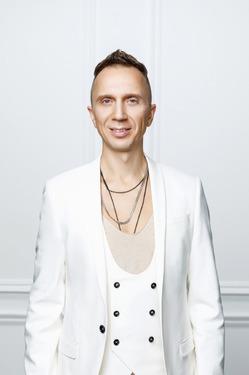 Дэн Якушевич создает музыку для нового фильма Майкла Бэя