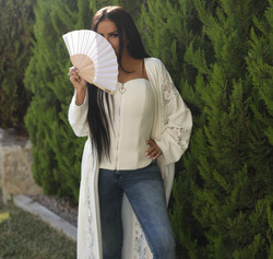 Аника Керимова: джинсы, которые будут в моде весной