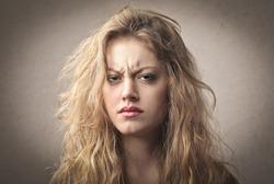 Недовольная жена