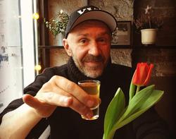 Андрей Разин пообещал миллионы тому, кто изобьет Шнура