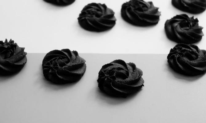 Черная еда: не классика, но в тренде