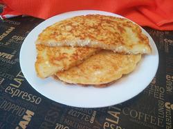 Творожно-сырные лепешки