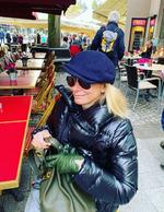 Юлия Высоцкая на отдыхе во Франции photo