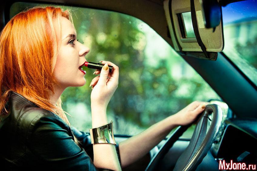 10 типичных ошибок, которые допускают женщины-водители