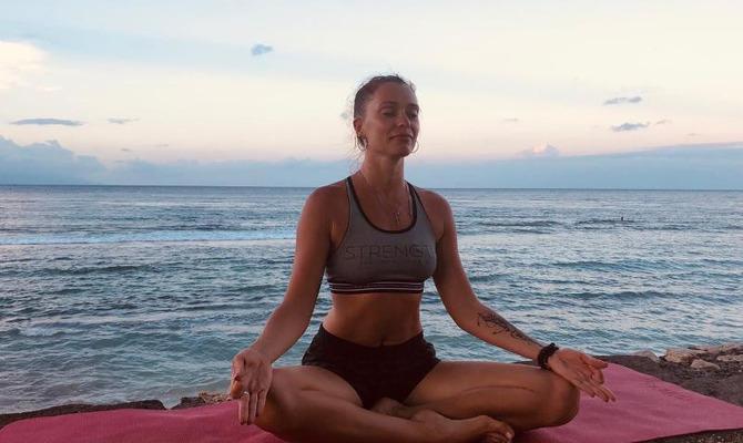 Гормональная йога для женщин и не только