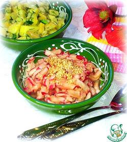 Салат из редиса с кунжутными семечками