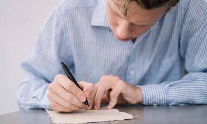 Тайна наших закорючек: как определить характер человека по его почерку