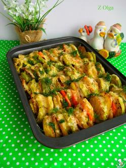 Ароматные молодые овощи в духовке