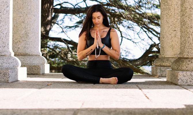 Бихарская школа йоги: не асанами едиными