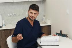 Владимир Яременко дал рекомендации, как сохранить здоровый позвоночник